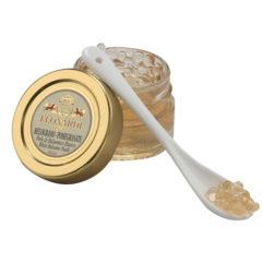 Granaattiomenalla maustetut valkoisenbalsamicon helmet tuovat aterioihin juhlan tuntua .